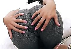 Big and ROUND Ass Teen In Tight Yoga Pants Has Big Cameltoe