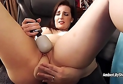 Amber Lily real orgasm!