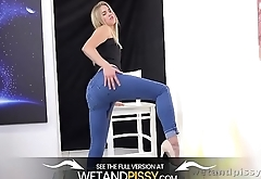 Wetandpissy - Violette - Peeing Her Pants