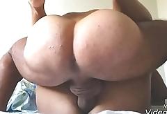 Cum on big wife'_s pussy