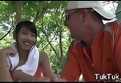Cum-thirsty thai girlfriend can'_t live without to take up with the tongue a big love stick