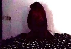 Morena de Dread Delicinha recebe rola no escurinho - Camera Escondida